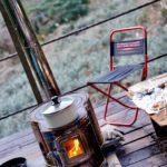 極寒の山小屋、薪ストーブで暖まりました。